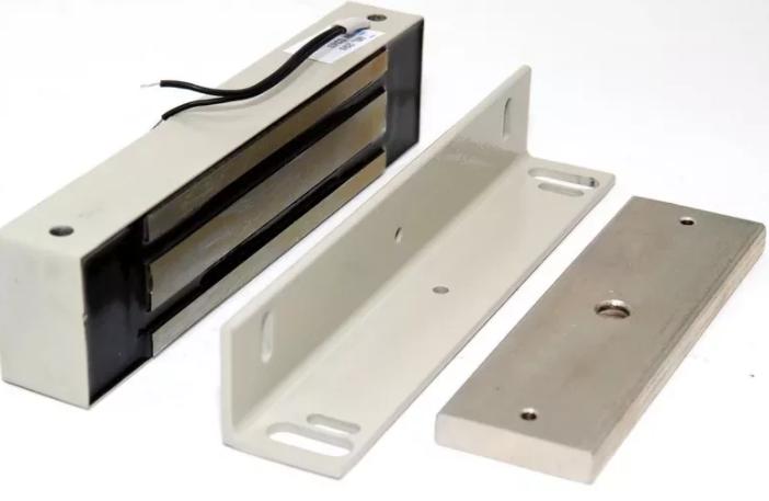 Электромагнитные замки для металлических дверей установка